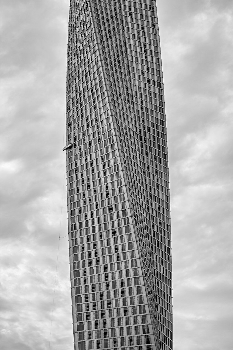 Image of Cayan Tower Dubai