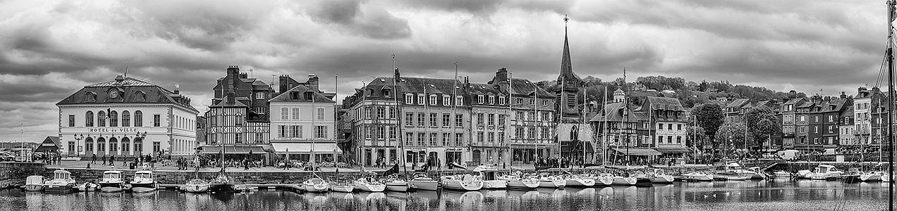 Panoramic image of Honfleur harbour