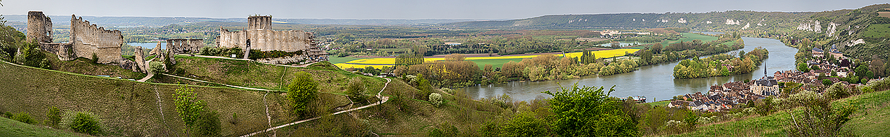Panoramic image of Chateau Gaillard and Les Andelys