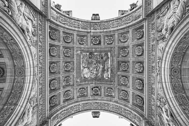 Image of Arc de Triomphe du Carrousel outside the Louvre