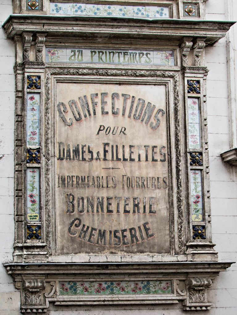 Image of Street sign, Pont-Audemer