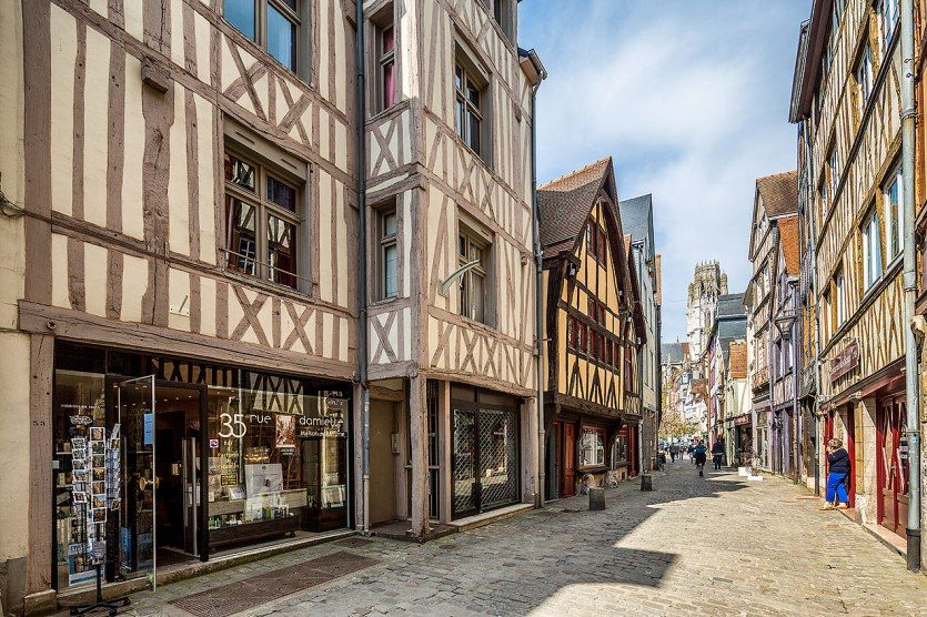 Image of a Rouen street