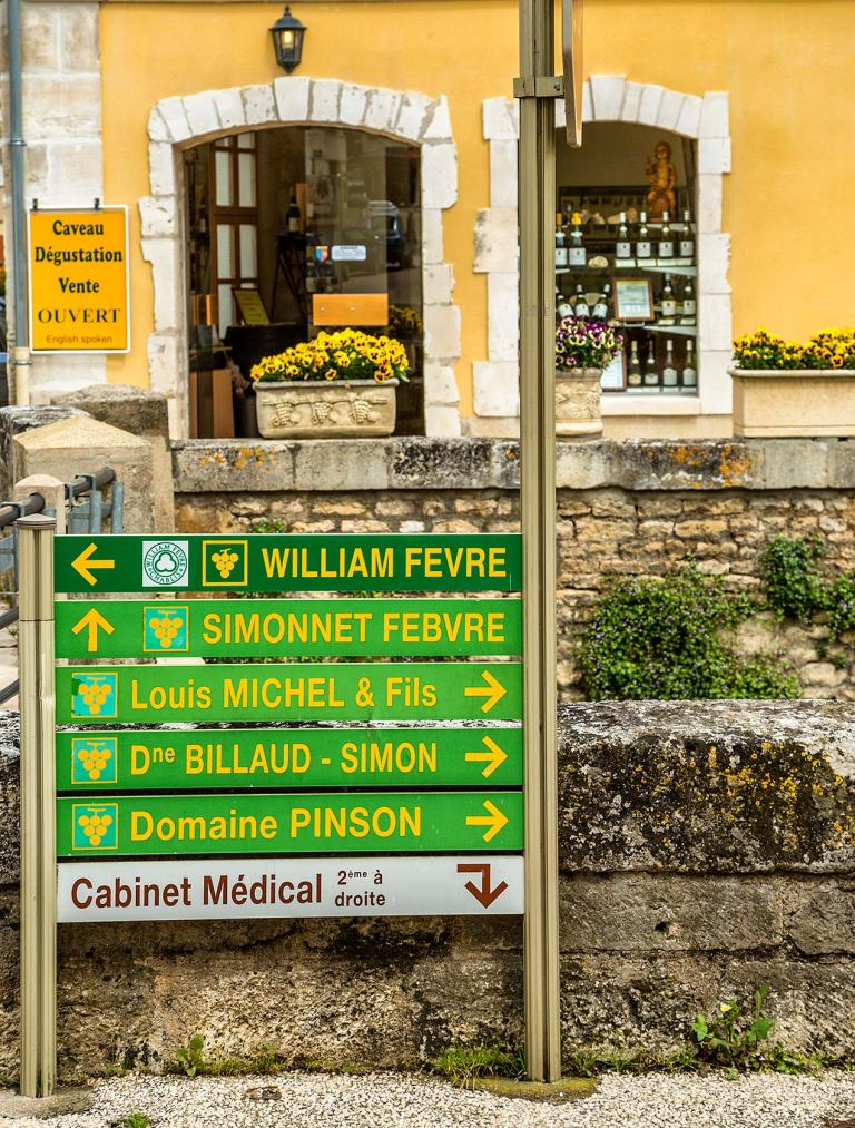 Wine shop, Chablis