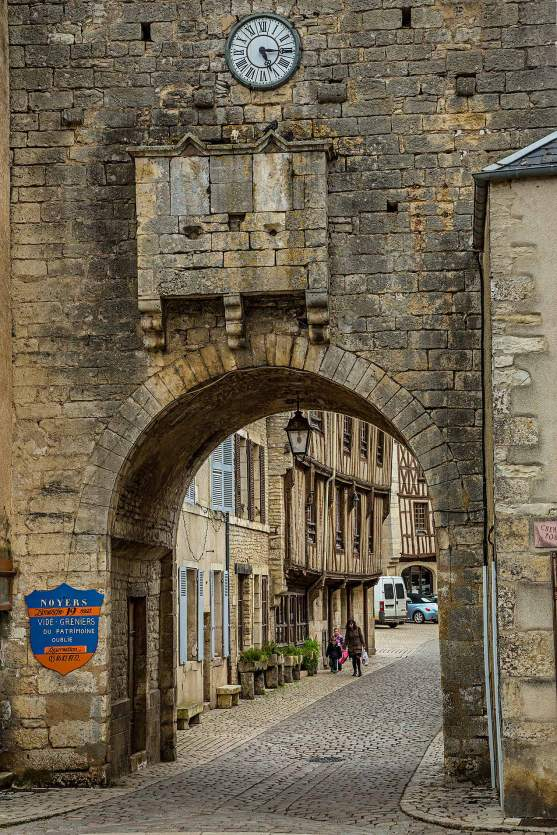 Gateway building in Noyers-sur-Serein, Burgundy