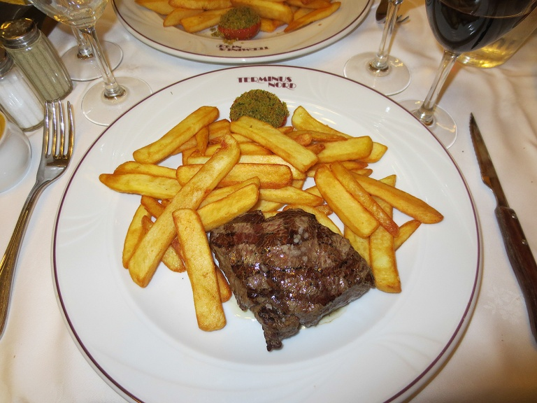 Steak Frites in the Terminus Nord