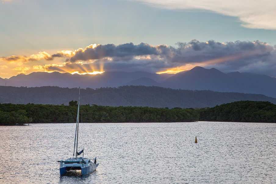 Sunset cruise, Port Douglas - © Michael Evans Photographer 2013 - www.michaelevansphotographer.com