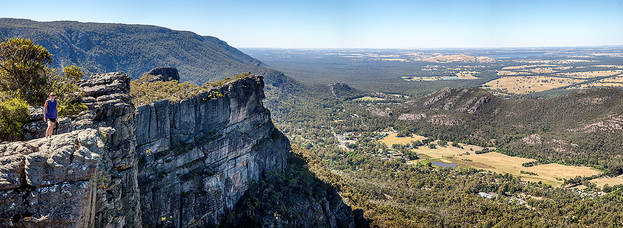 Halls Gap from the Pinnacle,the Grampians National Park, Victoria, Australia © Michael Evans Photographer 2014 - www.michaelevansphotographer.com