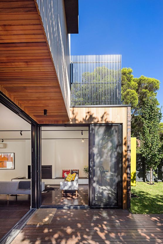 Side view of an extension to an Elwood property by architects Robert Nichol and sons © Michael Evans Photographer 2014