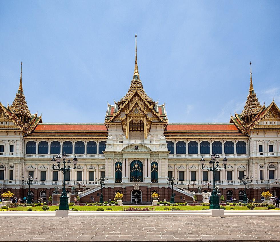 The Grand Palace in Bangkok, Thailand - © Michael Evans Photographer 2014 - www.michaelevansphotographer.com