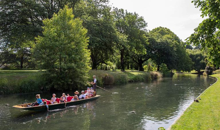 Punting on the River Avon, Christchurch© Michael Evans Photographer 2015