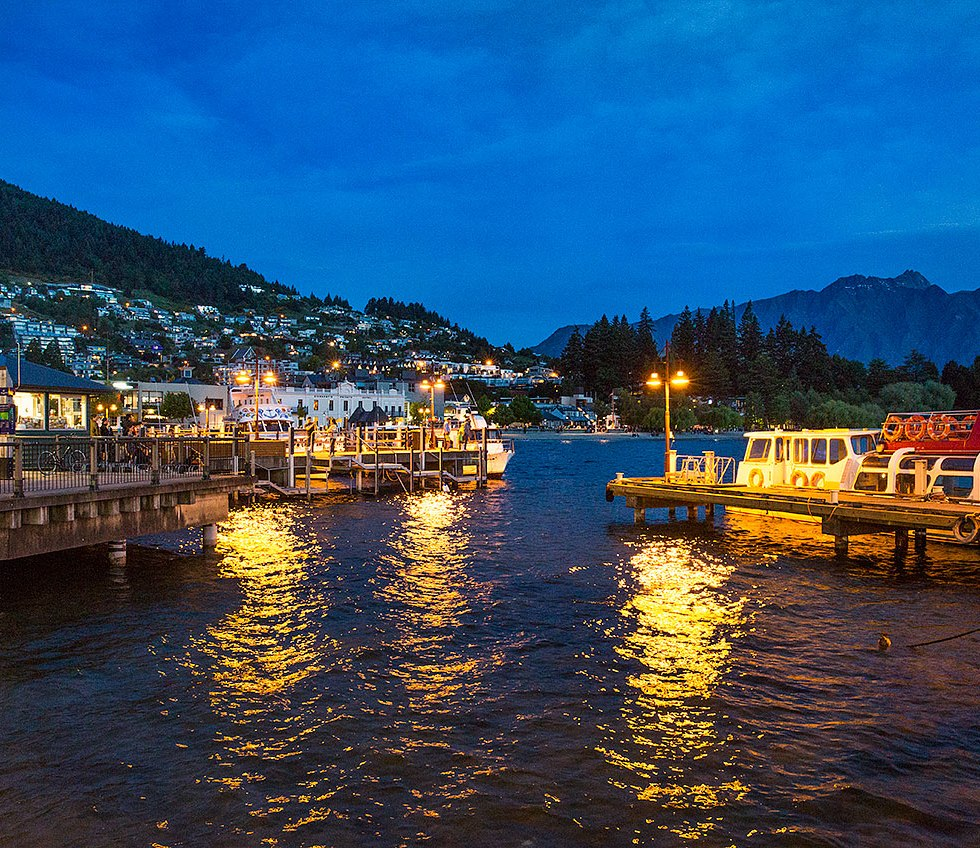 Queenstown at dusk © Michael Evans Photographer 2015