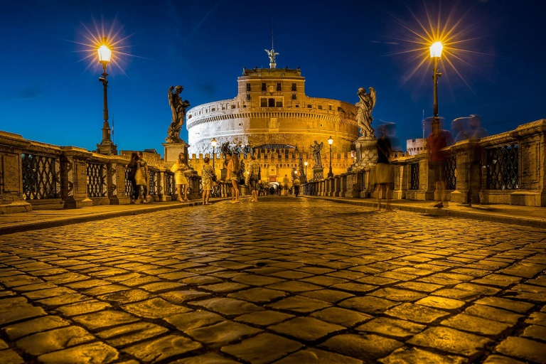 Ponte Sant'Angelo at night - © Michael Evans Photographer 2015