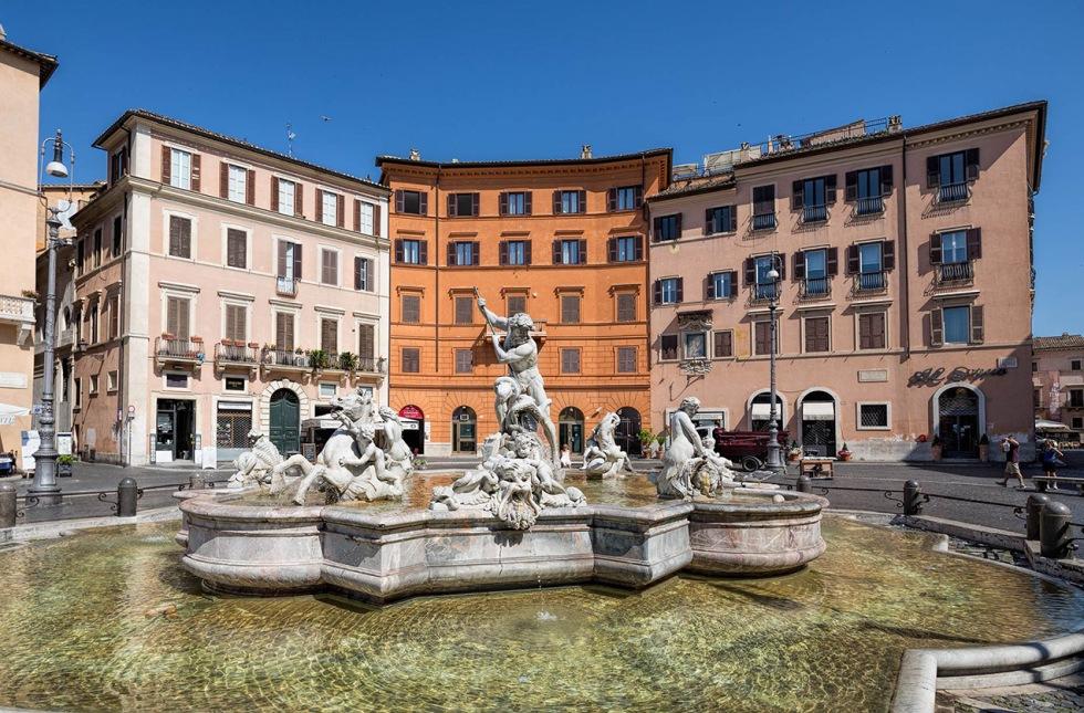 Fountain of Neptune, Piazza Navona, Rome © Michael Evans Photographer 2015