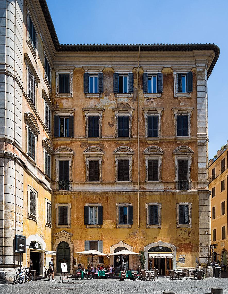 Restaurant in Rome © Michael Evans Photographer 2015
