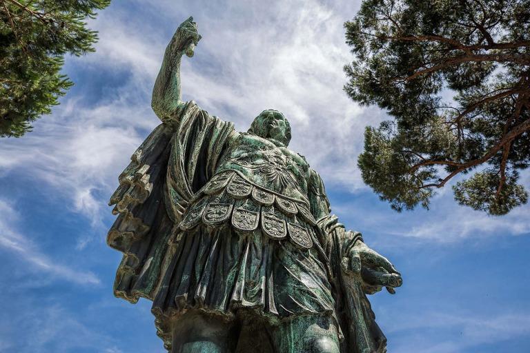 Caesar Statue, Rome - © Michael Evans Photographer 2015