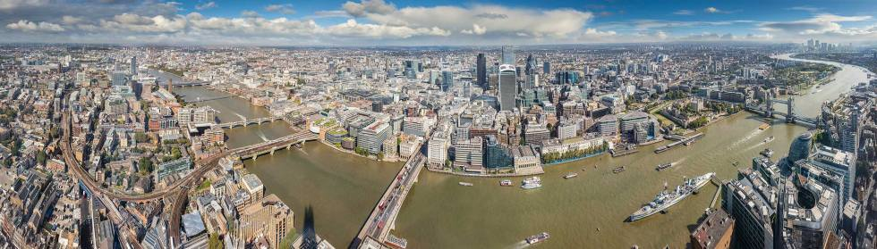 Highly detailed London panorama form the Shard © Michael Evans Photographer 2017